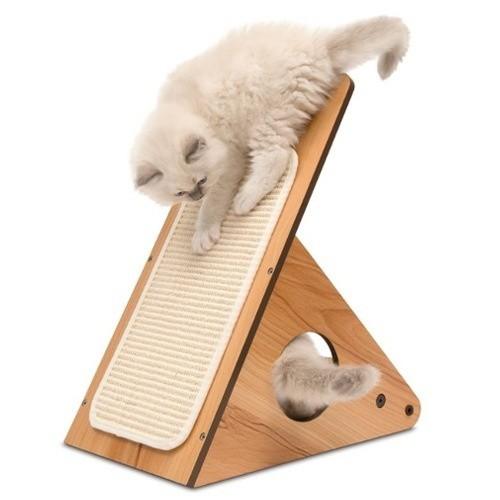 Rascador de diseño para gatos V-Playstation Vesper nogal