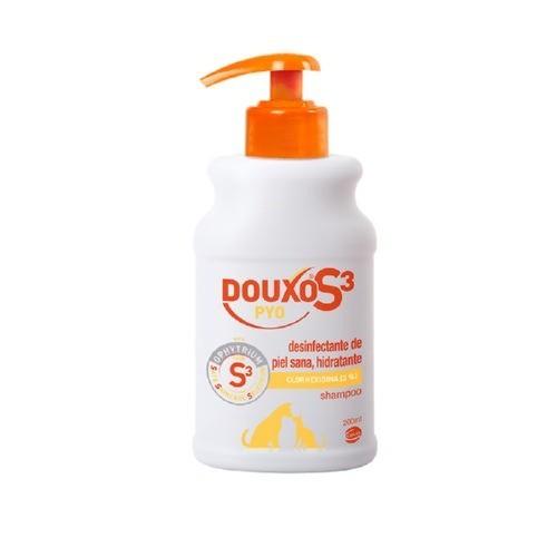 Champú desinfectante Douxo Pyo Shampoo para perros y gatos