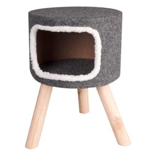 Casa alta para gatos con patas de madera
