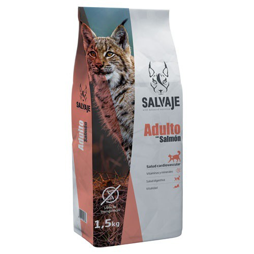 Food for cats Salvaje with salmon