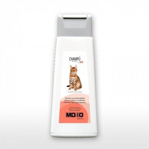 Champú para gatos sin parabenos con D-pantene hidratante