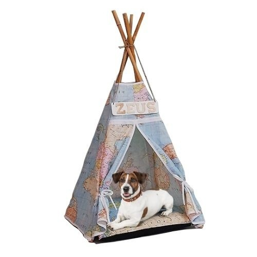 Cama tipi para perros mapamundi con letrero