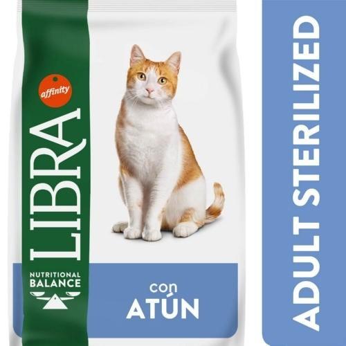 Libra Adult Sterilized con Atún para gatos