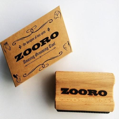 Cepillo Zooro para caballos color Madera