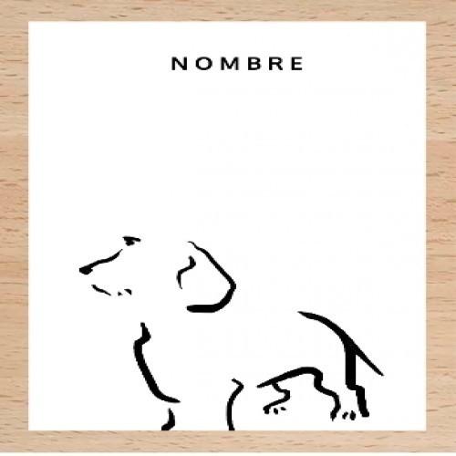 Ilustración de Terrier A4 con marco de madera color Blanco