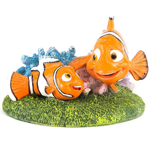 Nemo and Marlin doll aquarium decoration