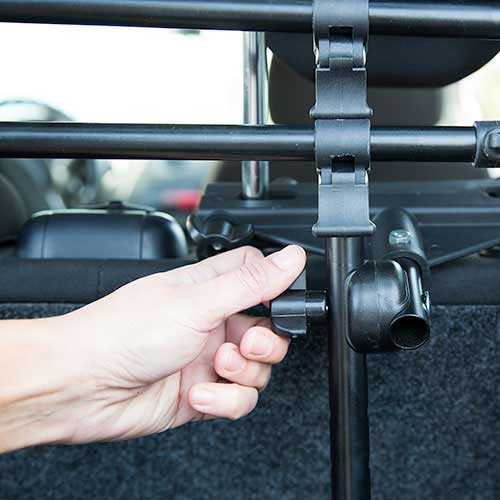 Tk-Pet Safe Trip robust spreader bar for car