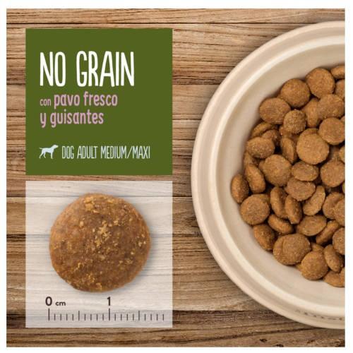 True Instinct No Grain Medium-Maxi con pavo