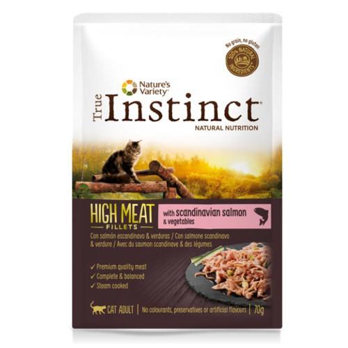 True Instinct High Meat con salmón y verduras
